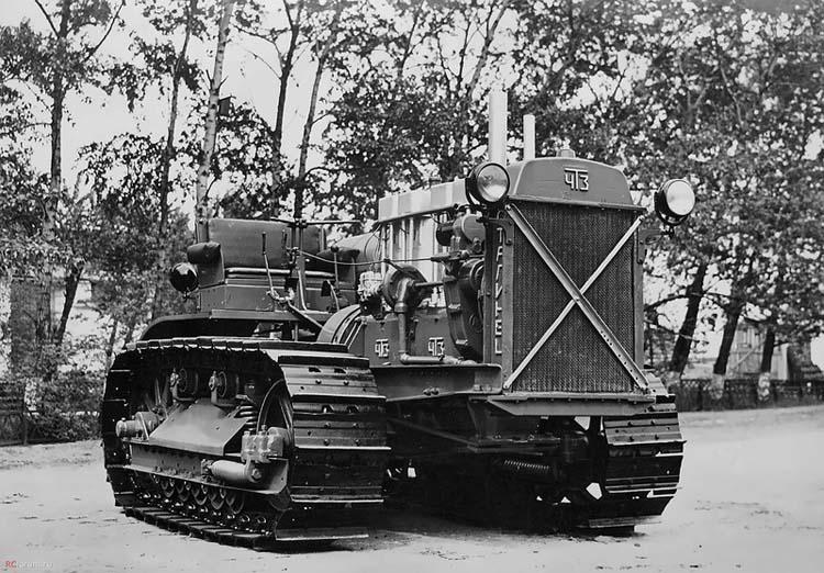 советский трактор